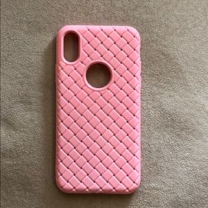 Accessories - Iphone x case pink color